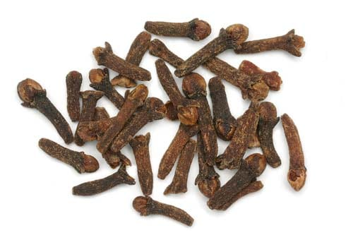 Can dogs eat cloves?